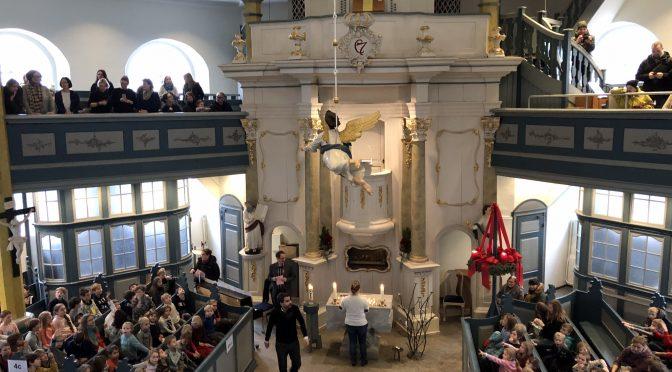 Kirchenbesuch der Grundschule Bindfeldweg