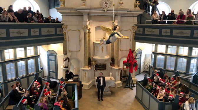 Adventssingen in der Kirche Niendorfer Markt